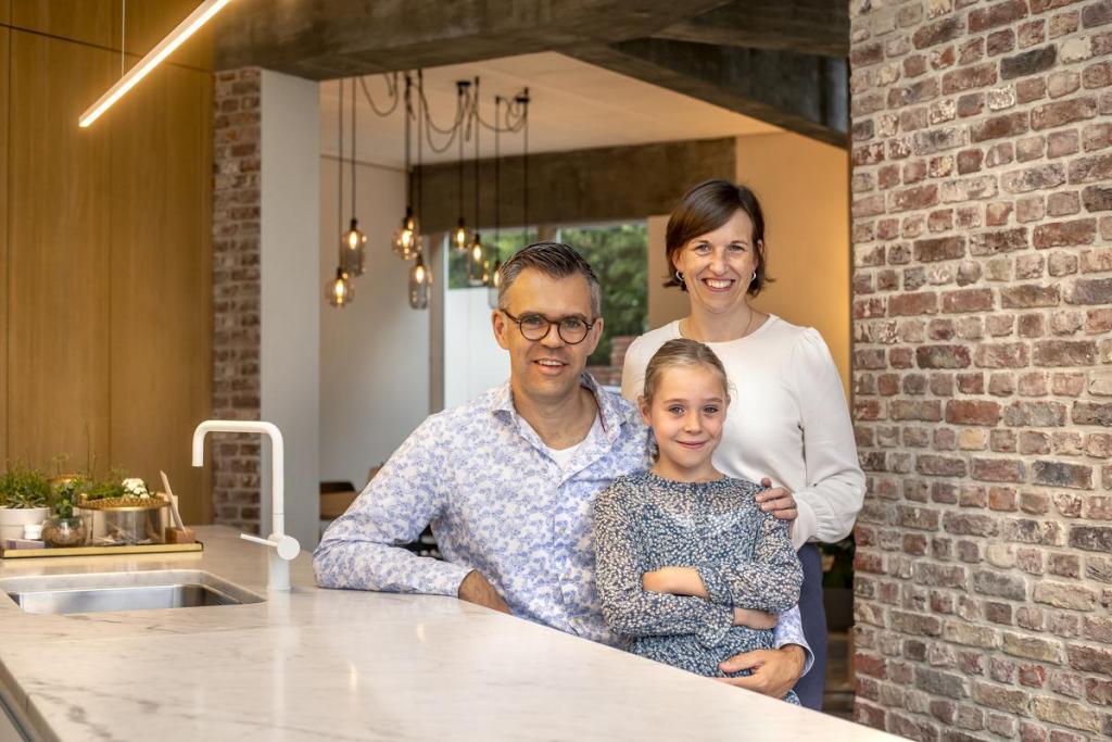 Bewoners Thomas Leplat, Brenda Callens en dochter Amélie.