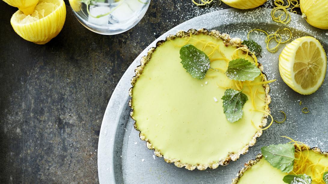 Heerlijk zomers recept: vegan citroentaartjes