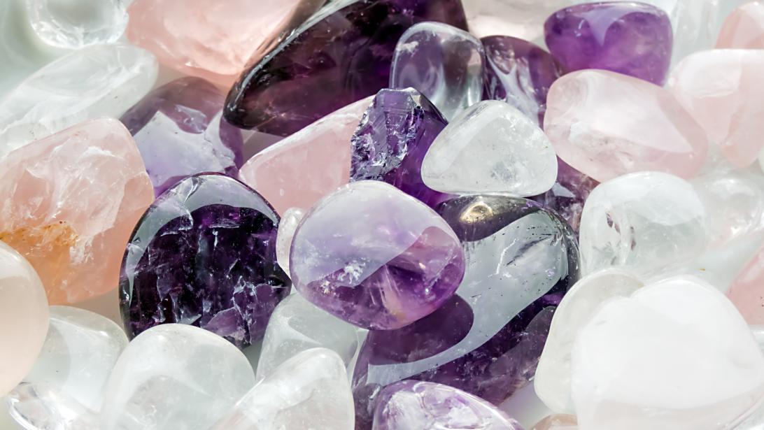 Lithothérapie: quand le pouvoir des pierres booste nos énergies