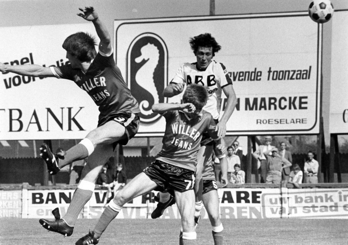De westrijd SK Roeselare-Zele, in de tweede periode van Marc bij de SKR, werd gewonen met 3-1 en drie doelpunten van Marc Nonkel. Hier scoort hij zijn tweede.