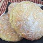 Petits pains aux graines de chia au four