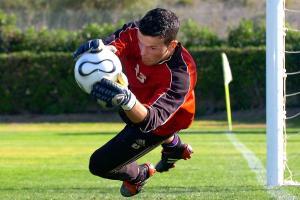 Samir Ujkani speelde ooit nog voor Anderlecht.©YVES BOUCAU BELGA
