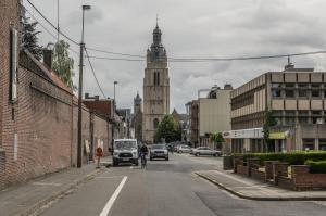 De Arme-Klarenstraat zoals ze nu is, zal binnenkort opnieuw veranderen.© Stefaan Beel
