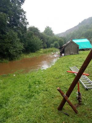 Zo zag de rivier er deze ochtend rond 8 uur uit, wanneer het al duidelijk was dat ze het veld zo snel mogelijk moesten verlaten.