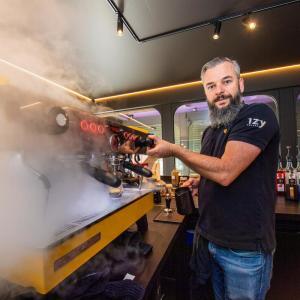 West-Vlaamse koffieketen barst van ambitie: