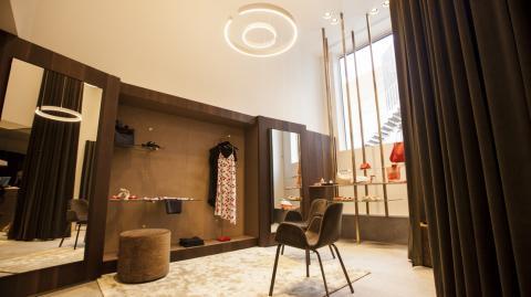 New versailles reuze dressing van luxe merken