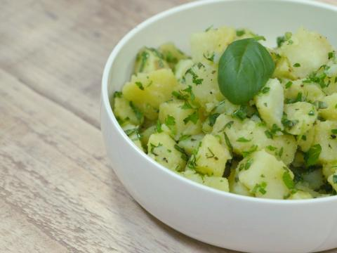 Kruidige aardappelsalade