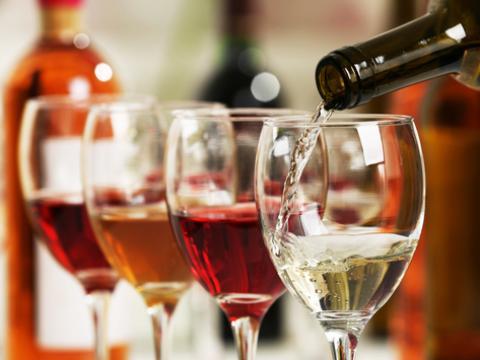 Combien de temps peut-on garder une bouteille de vin ouverte?