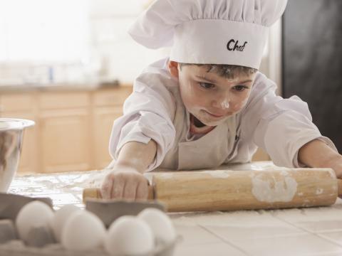 12 recettes sucrées à préparer avec les enfants