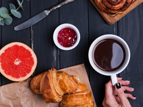 4 erreurs à éviter au petit-déjeuner quand on veut perdre du poids