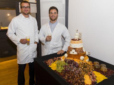 Saint Octave Et si vous optiez pour une pièce-montée en fromage pour votre mariage? 2