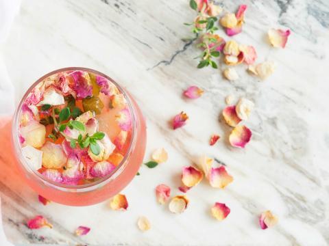 10 bloemendrankjes: dé trend van 2018