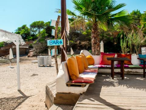 Dit zijn de leukste pop-up beach- en zomerbars in Vlaanderen