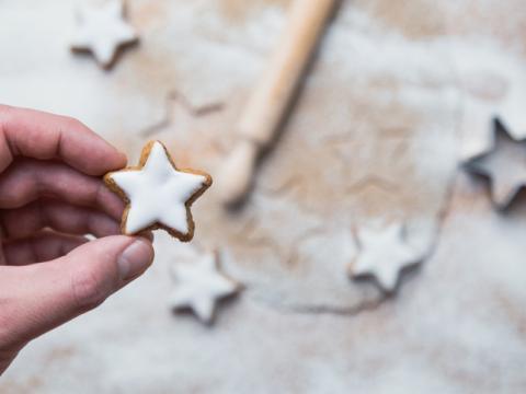 Zo maak je de mooiste koekjes met suikerglazuur