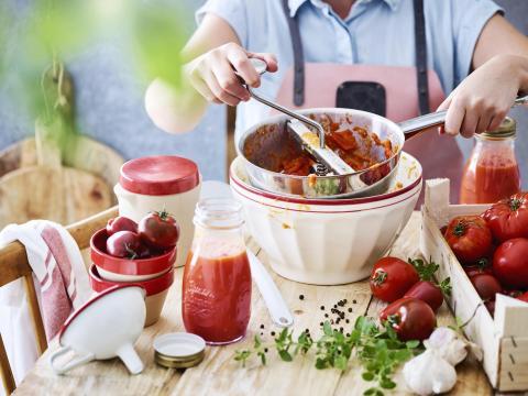 Tomaten bewaren recepten confituur chutney tomatensaus passata ketchup gedroogde tomaten