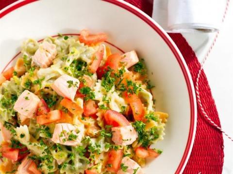 Salade de farfale au saumon