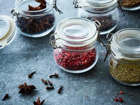 Deze kruiden en specerijen maken je gerecht