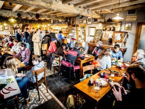 Un café belge élu meilleur café du monde où déguster de la bière