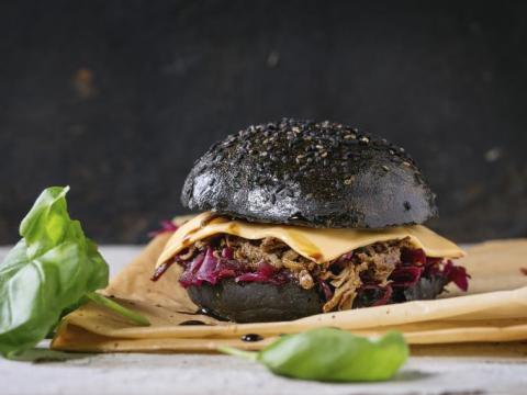 Tendance black food: passez du coté obscur !