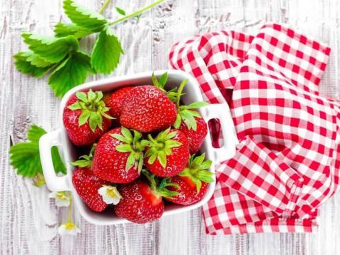 Aardbeien-kroontje-CookLoveShare