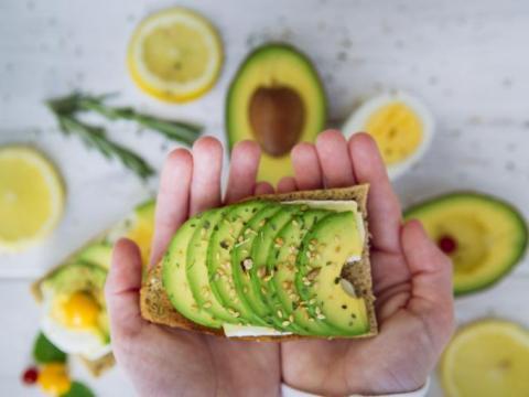 10 avocado hacks die je moet kennen