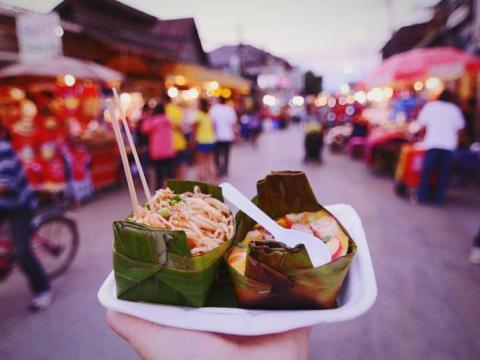 8 tips om voedselvergiftiging op vakantie te voorkomen