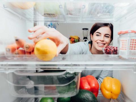 Hoe rangschik je de koelkast?