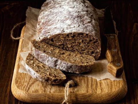 Hoe donkerder het brood, hoe gezonder