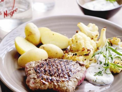 BEZIG - Steak bakken: zo doe je het!