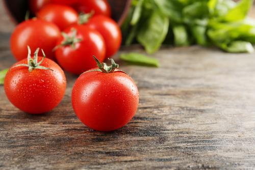 Comment peler les tomates  - Cuisine et Recettes - Recette - Femmes ... 33cd4d5469e