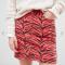 Rode minirok in denim met tijgerprint