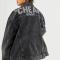 Une veste à base de polyester recyclé et de coton biologique