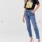 7. Een straight leg jeans