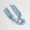 Chouchou à nœud bleu ligné