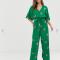 Groene jumpsuit met bloemenmotief