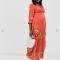 Koraalroze maxi-jurk met bloemendetails