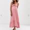 Poederroze maxi-jurk met knoopjes en strik