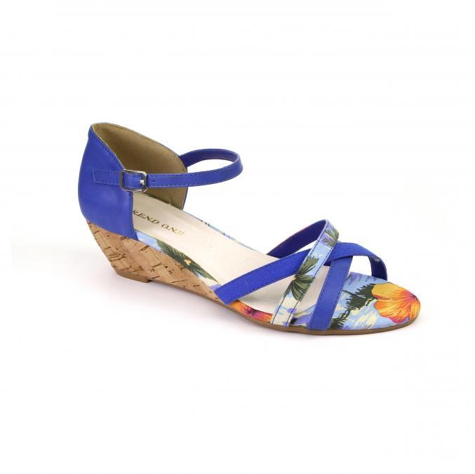 Sandales avec petit talon - Shoe Discount - 29,99€