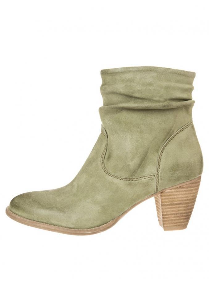 Chaussures SPM (chez Zalando) 99,95€