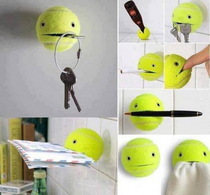 Balle de tennis fendue