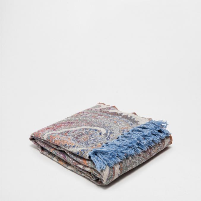Couverture en laine paisley (130 x 170 cm) - 89,99€ Zara Home