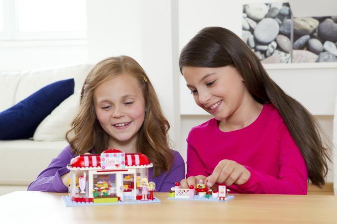 3061 LEGO friends City Park Café 29,99