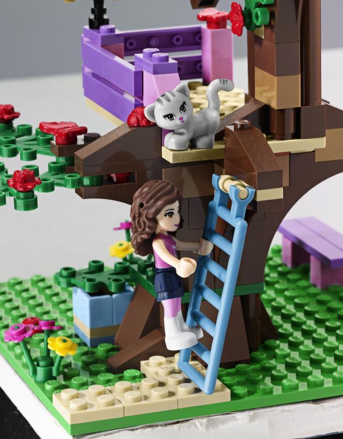 3065 LEGOFriends Olivia sBoomhut 19,99