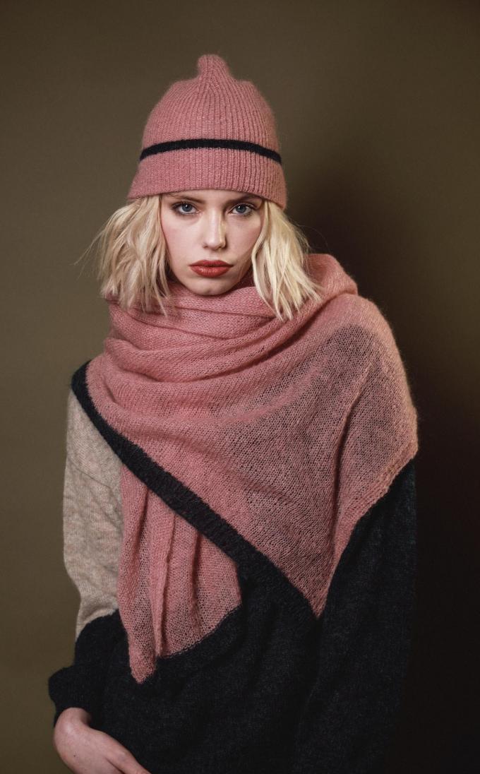 Muts en bijhorende sjaal, van Tricot Pop.© Tricot Pop