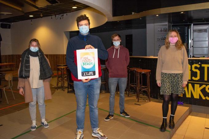 Hanne Callewaert, Arno Demeulenaere, Ruben Ryckebusch en Leen Minne.© CLL