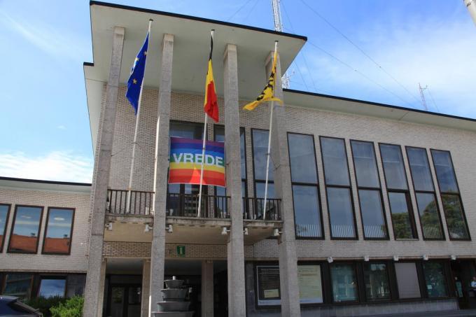 De renovatie van het gemeentehuis zal 4 miljoen euro kosten.©MYRIAM VAN DEN PUTTE MVO