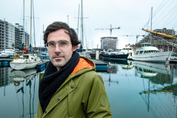 """Kristof Calvo: """"Aan zee ben ik tot rust gekomen. Ik heb er kunnen nadenken.""""© Christophe De Muynck"""