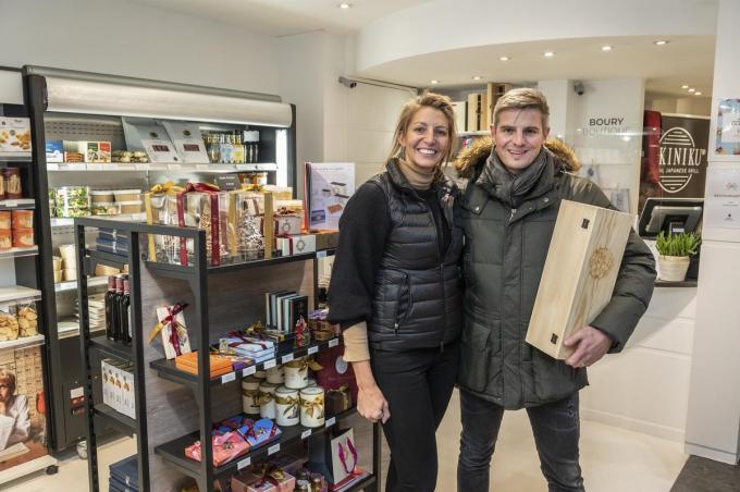 Inge Waeles en Tim Boury in hun Boury Boutique in de Wallenstraat 1. (foto Stefaan Beel)©STEFAAN BEEL Stefaan Beel