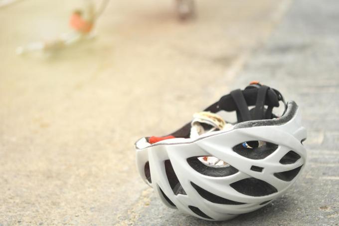 De fietsster raakte lichtgewond.©wera Rodsawang Getty Images