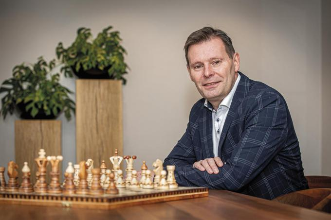 """Vanaf 8 januari is Lieven Huys aan zet in het gemeentehuis van Wingene. """"Ik ben tot in de puntjes voorbereid."""" (foto JCR)©JOKE COUVREUR"""